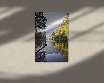 Réflexion Eibsee, Allemagne du Sud sur Lynn
