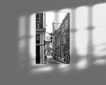 Mit Blick auf Oudekerksplein im Winter. von Don Fonzarelli