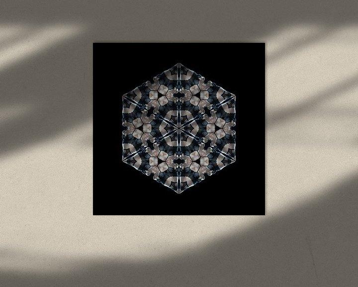 Sfeerimpressie: Vrouw in kanten ondergoed (Kaleidoscoop) van Carl Remmers