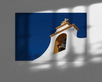 Kirche in Conil de la Frontera von Jolene van den Berg
