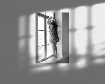 Die Frau am Fenster von Heike Hultsch