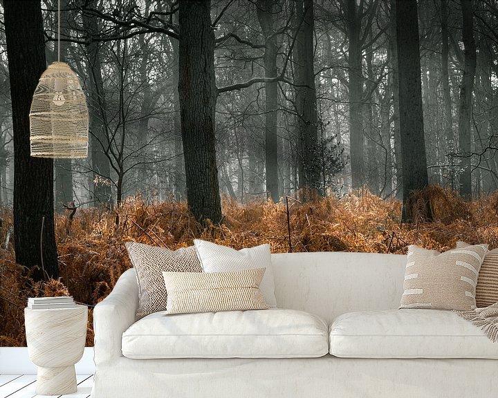 Sfeerimpressie behang: Door het bos de bomen zien van Inez VAN DE WEYER