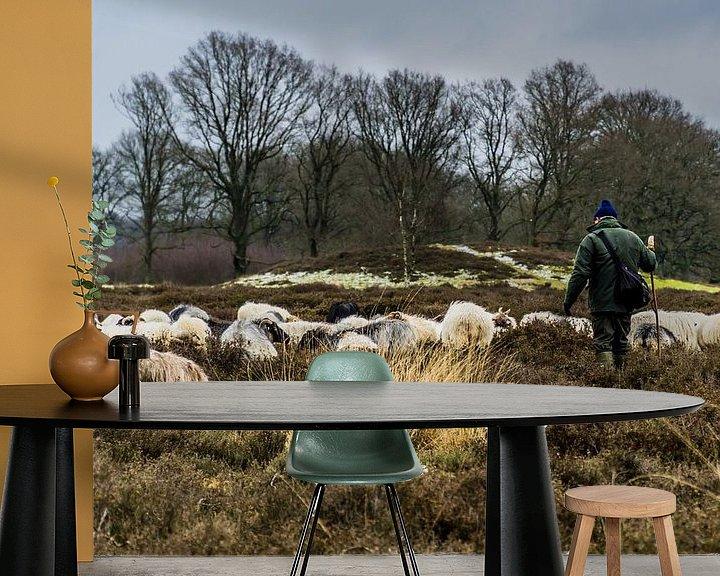 Sfeerimpressie behang: herder en schapen van Andre Klooster