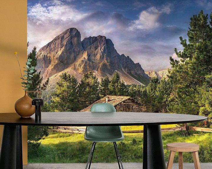 Beispiel fototapete: Holzhaus auf einer Alm in den Alpen / Dolomiten in Italien. von Voss Fine Art Fotografie