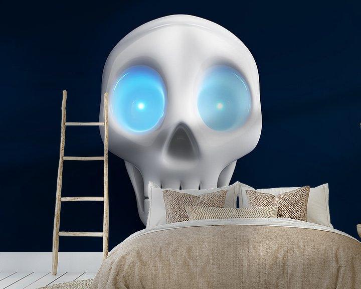 Sfeerimpressie behang: Grappige schedel met blauw schijnende ogen 2 van Jörg Hausmann