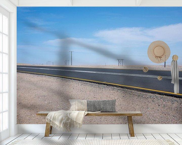 Sfeerimpressie behang: Snelweg door woestijn landschap Namibië van Jille Zuidema