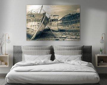 Verlaten vissersschepen van Frans Nijland