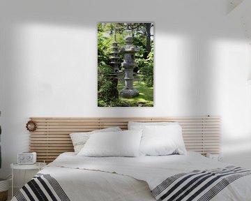 Laterne und Steine Pagoda im Japanischen Garten von Christiane Schulze