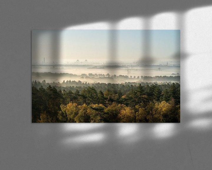 Sfeerimpressie: Zonsopgang zicht op een mistige ochtend in Montferland van Jeroen Kleiberg
