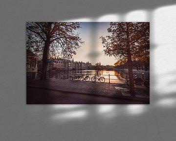 Sonnenuntergang auf Lange Vijverberg, Hofvijver Den Haag von Wouter Kouwenberg