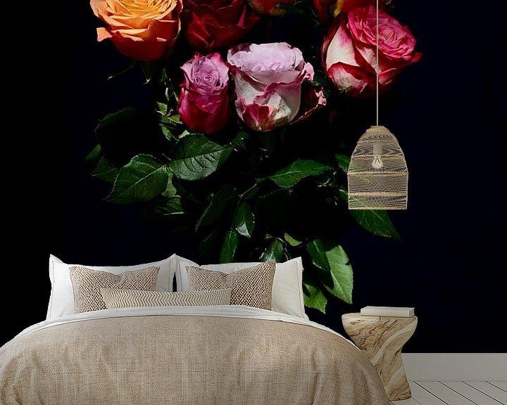 Beispiel fototapete: Blumenstrauß aus farbigen Rosen von Roelina Holtrop