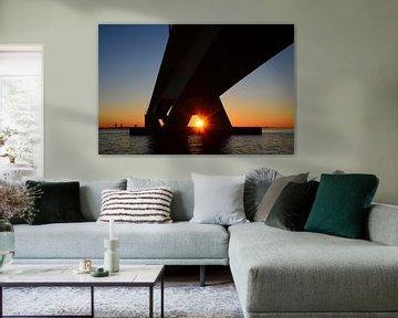 Zonsondergang bij de Zeelandbrug van Filip Staes