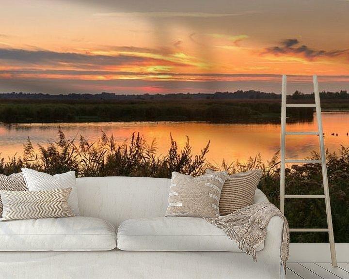 Sfeerimpressie behang: Panorama zonsondergang Onlanden van Marga Vroom