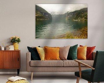 turquoise meer, het sognefjord  in het najaar van Karijn | Fine art Natuur en Reis Fotografie