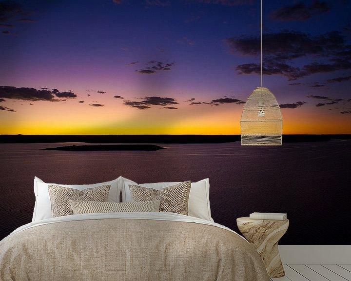 Sfeerimpressie behang: Zonsondergang Namibië van Studio Wanderlove