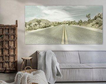 Highway & Joshua Trees   Vintage Panorama van Melanie Viola
