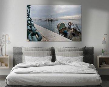 Vissersboot in Olhão, Portugal van Siemon Vanderhulst