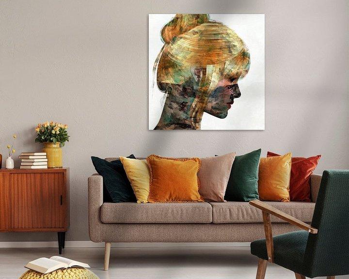 Sfeerimpressie: Abstract portret vrouw van Maurice Dawson