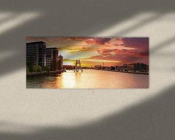 Berlin Panorama Molecule Man und Osthafen