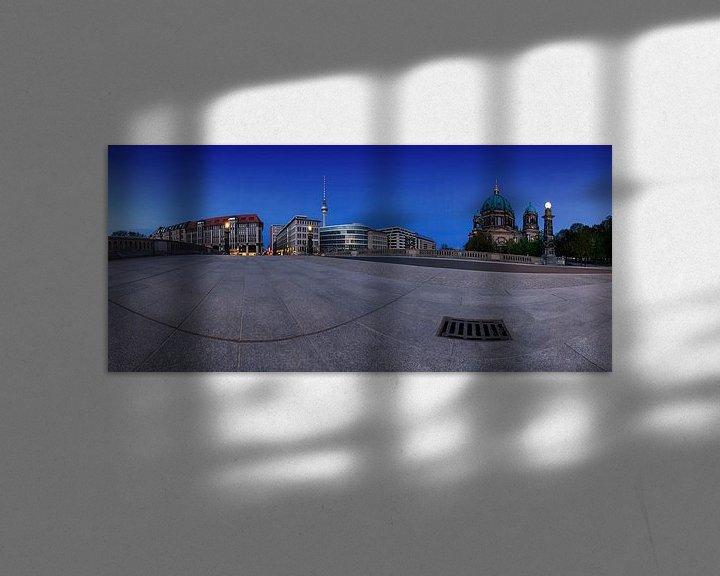 Impression: Le ciel de Berlin avec la tour de télévision et la cathédrale du Friedensbrücke sur Frank Herrmann