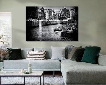 Canaux d'Amsterdam | Photo noir et blanc I Photographie de rue sur Diana van Neck Photography