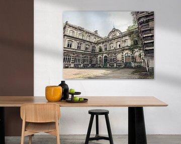 Abgelaufenes Universitätsgebäude in Belgien von Art By Dominic