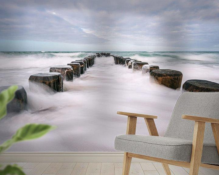 Beispiel fototapete: Buhnen an der Küste der Ostsee an einem stürmischen Tag von Rico Ködder