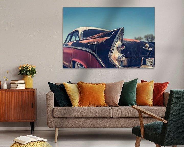 Sfeerimpressie: Achterkant van een Dodge Coronet Oldtimer Auto van Art By Dominic