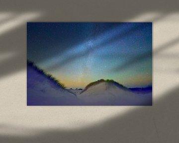 Voie Lactée avec l'ionosphère incandescente.