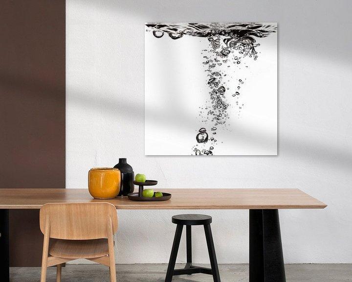 Sfeerimpressie: Lucht vliegt in het water van Andreas Hackl