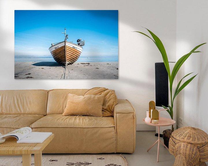 Beispiel: Fischerboot am Ostseestrand im Ostseebad Binz auf der Insel Rügen von Mirko Boy
