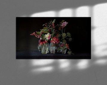Stilleben November dunkel von Studio Petra Moes