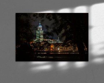 Lebuïnuskerk by night van Rick de Visser