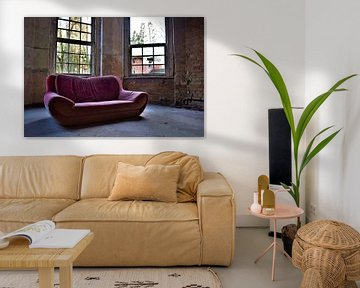Rotes Sofa von Ramona Peter