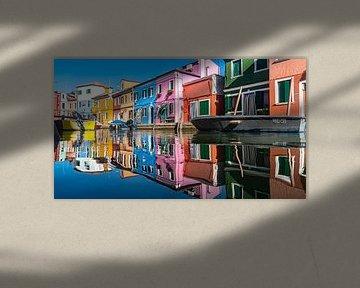 Prachtige kleurrijke huizen in Burano van Klif Wiepkema