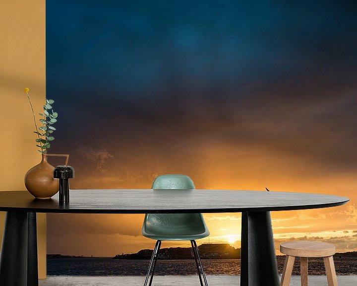 Sfeerimpressie behang: Forteiland IJmuiden met ondergaande zon van Keesnan Dogger Fotografie