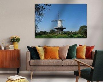 Die historische Windmühle 'de Koe' im Veere-Nationaldenkmal. Die Niederlande. von Tjeerd Kruse