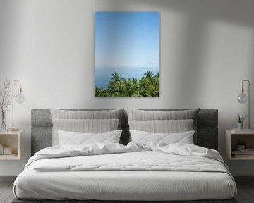 Palmen und ein Blick aufs Meer von Anna Davis