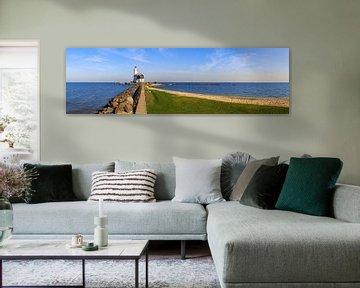 Paard van Marken - Leuchtturm am Markenmeer in den Niederlanden