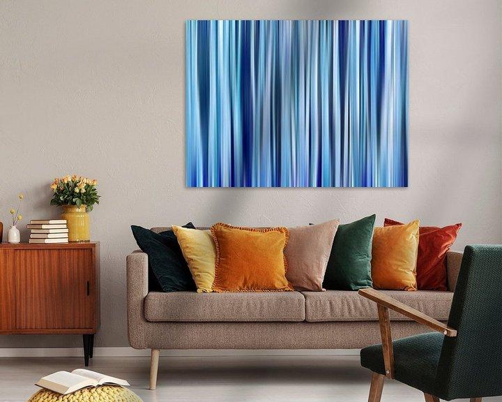 Sfeerimpressie: Hint of Denim (Blauwe Strepen in Denimkleuren) van Caroline Lichthart