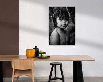 Zwart wit Portret van een meisje in Bali