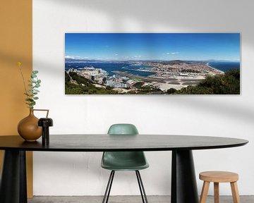 Gibraltar Panorama met luchthaven en La Linea de la Conception
