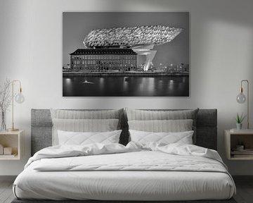 Das Hafenhaus von Antwerpen in schwarz-weiß von Henk Meijer Photography
