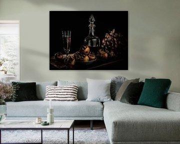 Stilleven met mispels op een zwarte achtergrond van Gerard Wielenga