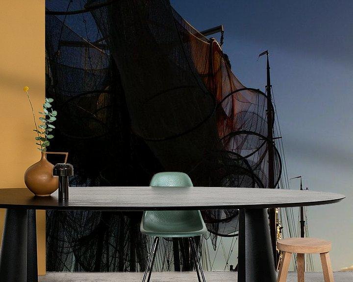 Sfeerimpressie behang: Vissernetten voor de hooftoren van Nathalie Pol