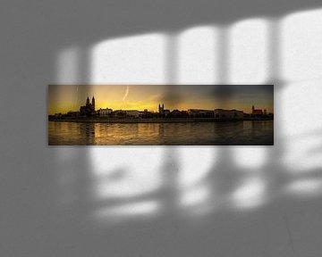 Magdeburg Skyline Panorama im Sonnenuntergang