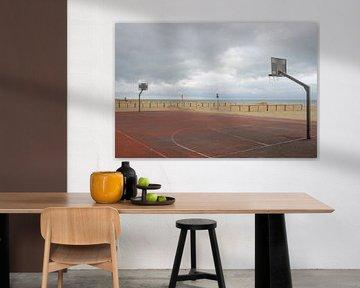 Basketbalveld aan strand van Johan Vanbockryck