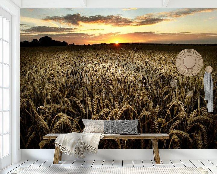 Sfeerimpressie behang: Tarweveld van Luuk van der Lee