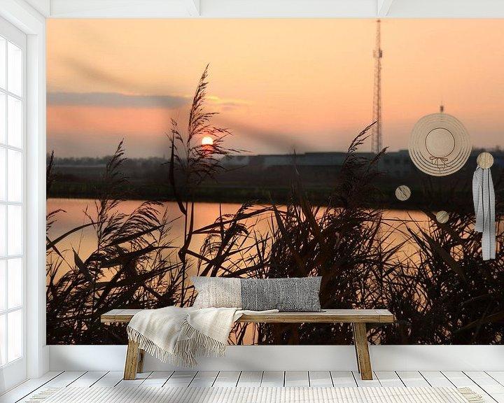 Beispiel fototapete: Sonnenuntergang als farbenfrohes Muster auf der Rotte an der Mühle Vier-Gang von André Muller