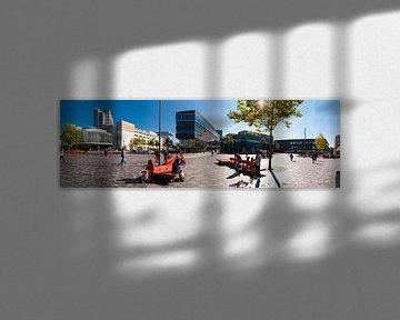 Einkaufszentrum Almere City und Rathaus Almere von Brian Morgan